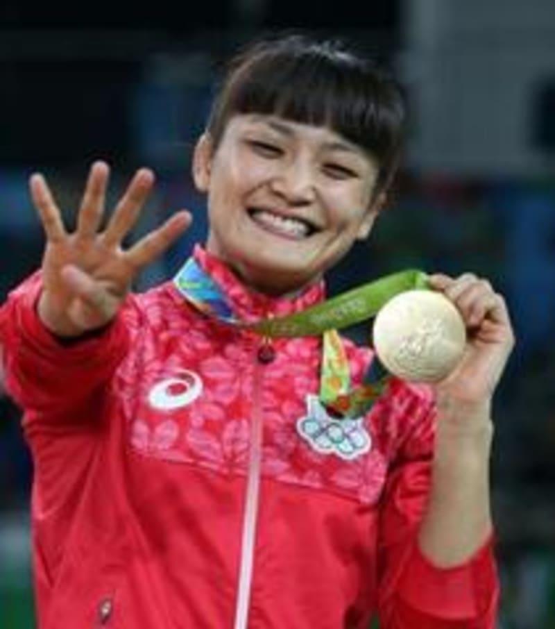 すごいぞ日本女子レスリング!伊調馨が史上初の4連覇!登坂&土性も金メダル!