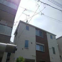 3連梯子の無い会社とある会社の施工の違い・・・アンテナ工事