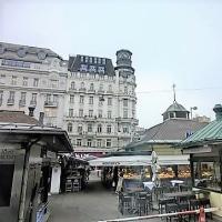 ウィーン歩き・その10(ナッシュマルクト、マジョリカハウス)