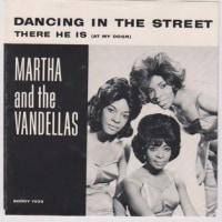 No.220 マーサ&ザ・ヴァンデラス/ダンシング・イン・ザ・ストリート (1963)