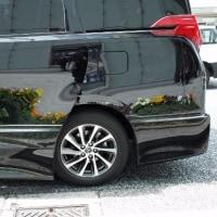 黒い自動車