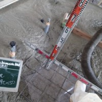 土間コンクリート打設