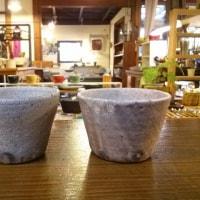 ひび粉引き鉢 カラーマグカップなど