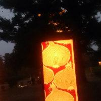 秋雨と燈籠