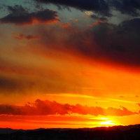 夕焼け雲に誘われて。。