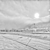 豊平川から・・・冬景色