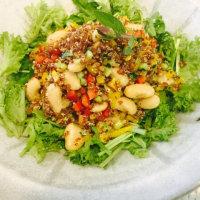 白花豆とキヌアのサラダ