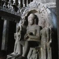 「悠久のインド9日間」№27 石窟の中の形も色々