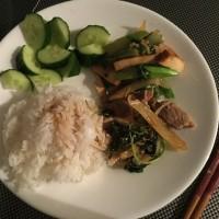 中華街のお豆腐とガパオ・ぺッ