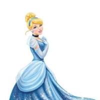 金曜ロードショー実写版『シンデレラ』は「ラベンダーブルー♪」がテーマ曲?
