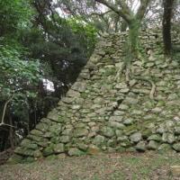 洲本城跡の石垣を視る「継ぎ足された石垣は…」
