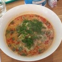 白い坦々麺