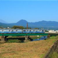 大雄山線富士山を背にして