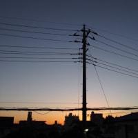 16/10/27  真夜中の今日のお月様  月齢25日目は地球照も!  (^_^)v