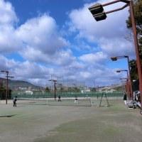 今日の「テニス」は嫌な風