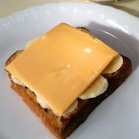 チーズバナナトースト