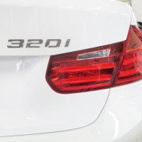 BMW 320i エンブレム剥がし  福岡輸入車販売プロスパーオートウエノ