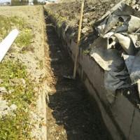 農業用水溝掃除