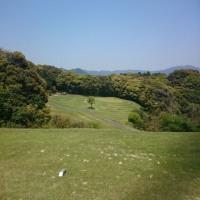 亀山ゴルフクラブでゴルフ ~ニホンザル登場、坦々麺~
