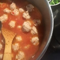 今日の日替わりランチは 「鶏団子のトマト煮」です!
