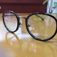 セットメガネ一式9,800円(税込)