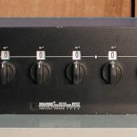 ESI RV722 電圧分割器