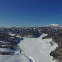 パンケ-頓別川上流のペアの山たち