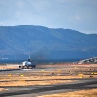MD-11  逆光でシルエット