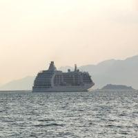 SEVEN SEAS VOYAGER出港 170317