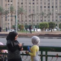 次女との思い出:2011年エジプト首都カイロ、タハリール広場にて