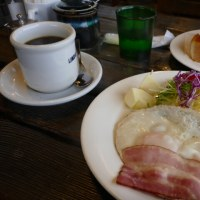 正統派モーニングの朝食(^_-) リンダルハウスさん