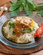 「肉×麺」 香味タレが美味しいバンバンジーそうめん