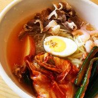 昼ご飯は、特製具だくさん冷麺(GAjA 恵庭店)