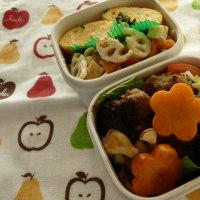 お弁当(ハンバーグ・ほうれん草入りスパイシーソース)