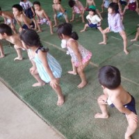みどり 4歳児 野菜収穫・プール