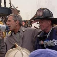 史上最も歓迎されざる米大統領、ドナルド・トランプ登場。支持率を上げるための戦争開始が心配だ。
