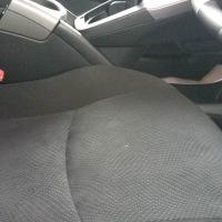 エスティマのモケットシート焦げ穴リペア