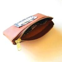 本革×リバティ カードも入る仕切り付きファスナーポーチ販売開始しました