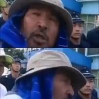 【動画】平和活動家のパンチにひたすら耐える若い機動隊 テレビが流さないヘリパッド建設反対派の暴力行為が酷すぎる(閲覧注意)