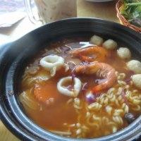 [気温35℃][晴れ] 最近流行の辛いラーメン食べて来た