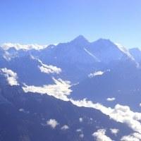 光る稜線 エヴェレスト