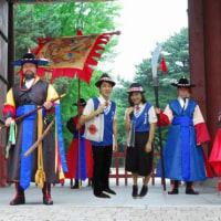 朝鮮人ならば似合う東京観光ボランティア制服