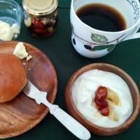 今日の朝食に