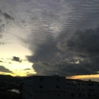 何だこの空は、、、