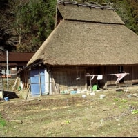 日本茅葺紀行 NO,373 洗濯物のある風景