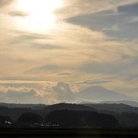 笠雲?の鳥海山