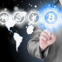 ATM手数料、25歳以下は無料に…りそなG 仮想通貨導入の目論見が見え隠れする