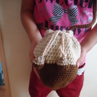 かぎ針編みでどんぐりバック