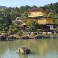 最後に金閣寺に行って来ました。今日の写真は後でアップします。