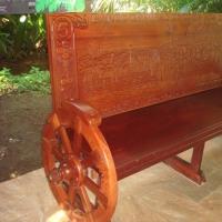 コスタリカ再訪(147)Paradise Hot Springs の5コロンの長椅子